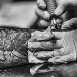 cursos-de-tatuajes-curso-completo-de-tattoo-artist-y-diseño-de-tatuajes_7