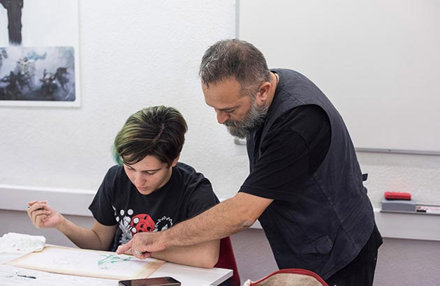 Los alumnos de la escuela de arte trabajan en la industria del videojuego